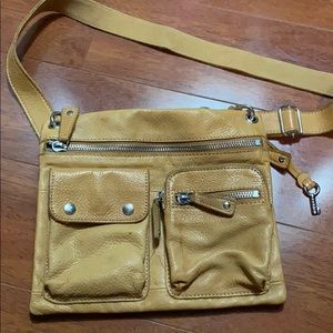 Fossil Sutter Leather Pockets Crossbody Bag - Tan